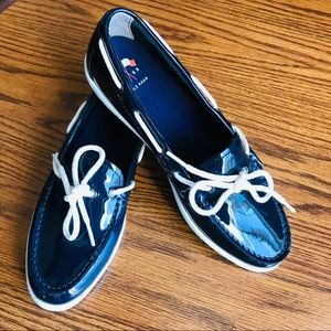COLE HAAN Nantucket Camp Moc Women's Navy Loafers